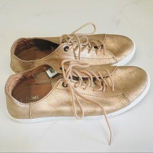 TOMS leather lenox rose gold sneaker SZ 8 1/2